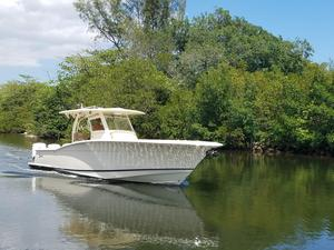 Used Scout Boats 350 LXF Center Console Fishing Boat For Sale