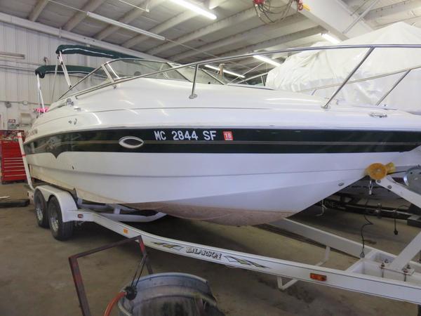 Used Larson Cabrio 220 Cuddy Cabin Boat For Sale