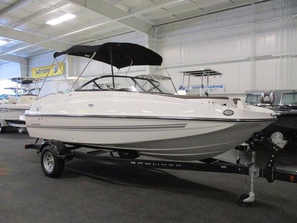New Bayliner 195 Deck Boat Deck Boat For Sale