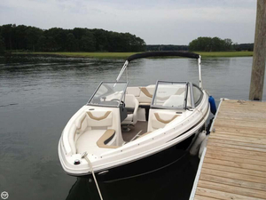 Used Larson LX2150 Bowrider Boat For Sale