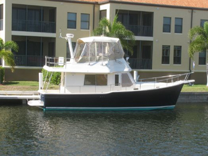 Used Mainship 34 Trawler Boat For Sale