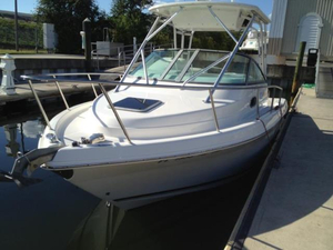 Used Robalo 2004 265 Cuddy Cabin Walkaround Center Console Fishing Boat For Sale