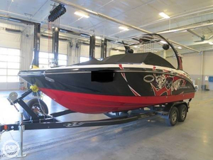 Used Chaparral 244 Xtreme Ski and Wakeboard Boat For Sale