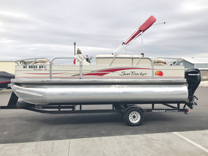 Used Sun Tracker Bass Buggy Pontoon Boat For Sale
