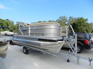New Sweetwater 1680 C1680 C Pontoon Boat For Sale