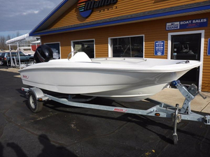 Used Boston Whaler 17 SuperSport Bay Boat For Sale