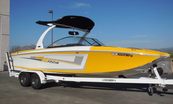 Used Tige RZ4 Ski and Wakeboard Boat For Sale