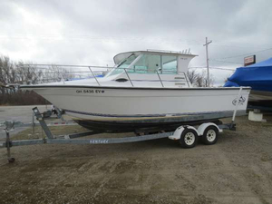 Used Baha Cruisers 251 GLE Freshwater Fishing Boat For Sale