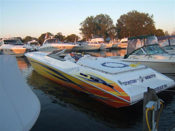 Used Fountain 42 Executioner High Performance Boat For Sale