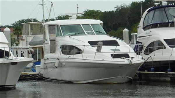 Used Sea Ray 390 Motoryacht Aft Cabin Boat For Sale