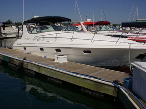 Used Cruisers 3375 **fresh Water** Express Cruiser Boat For Sale
