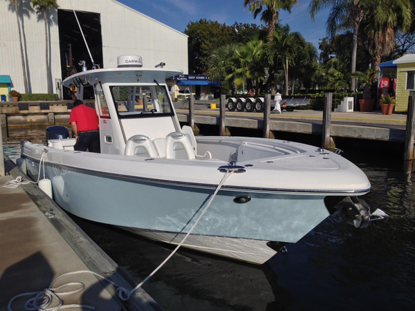 Used Everglades 325cc Center Console Fishing Boat For Sale