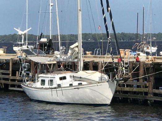 Used Seafarer Yachts 36c Sloop Sailboat For Sale