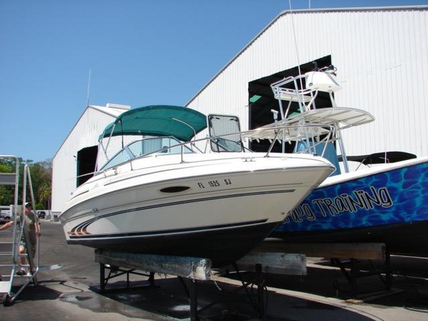 Used Sea Ray 215 Express Cruiser Bowrider Boat For Sale