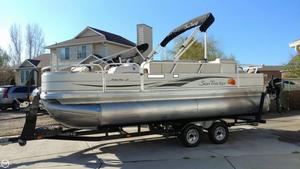 Used Sun Tracker Fishin' Barge 21 Pontoon Boat For Sale