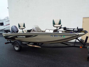 Used Lowe 160W Bass Boat For Sale