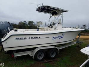 Used Sea Hunt Triton 232 Center Console Fishing Boat For Sale