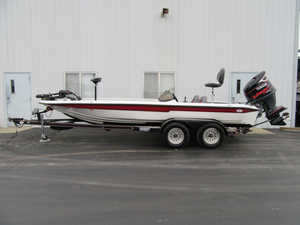 Used Champion 202 DC Center Console Fishing Boat For Sale