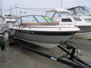 Used Reinell 179K Bowrider Boat For Sale