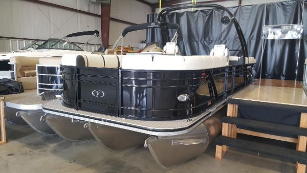New Veranda V25 RC WAKE Pontoon Boat For Sale