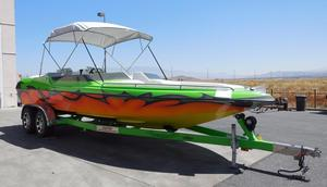 Used Dana 23BR High Performance Boat For Sale