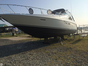 Used Chris-Craft 380 Continental Cruiser Express Cruiser Boat For Sale