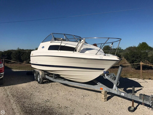 Used Bayliner 222 classic Express Cruiser Boat For Sale