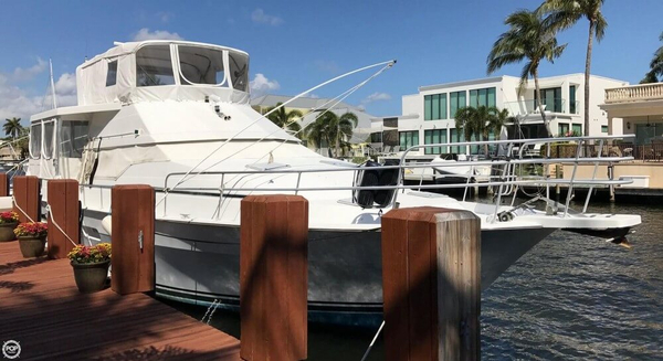 Used Mainship 47 Cruiser Boat For Sale