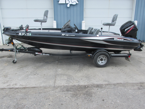 Used Triton 17 Explorer Bass Boat For Sale