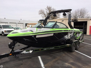 Used Centurion Enzo 210 Ski and Wakeboard Boat For Sale