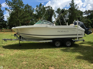 Used Robalo R207 Cruiser Boat For Sale
