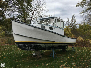 Used Custom 28 Lobster Fishing Boat For Sale