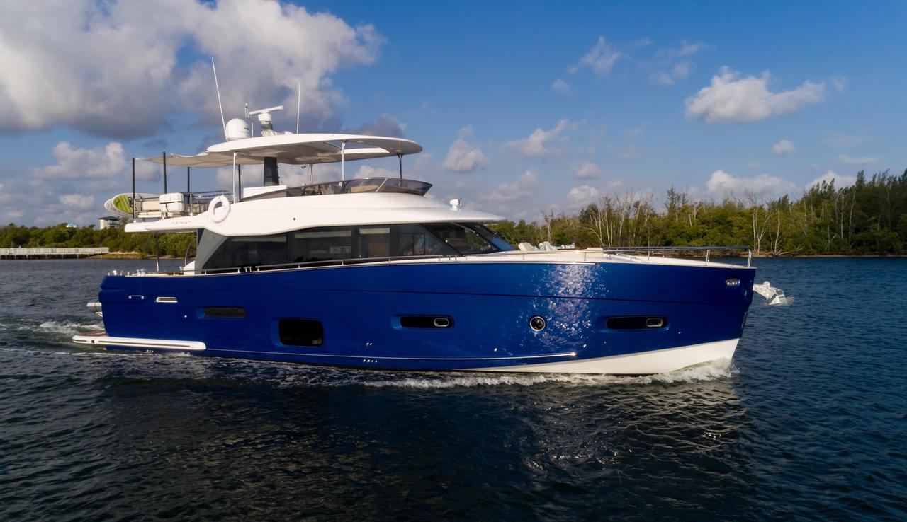 2017 Used Azimut Magellano 66 Motor Yacht For Sale