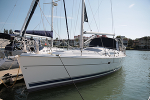 Used Hunter 44 Deck Salon Sloop Sailboat For Sale