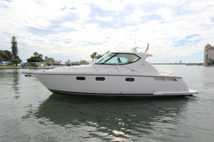 Used Tiara 3900 Sovran Sports Cruiser Boat For Sale