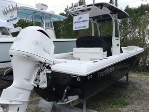 New Everglades 253 CC Center Console Boat For Sale