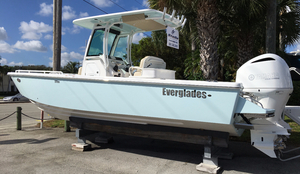 New Everglades 273 CC Center Console Boat For Sale