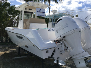 New Everglades 255 CC Center Console Boat For Sale