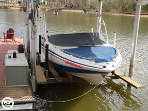 Used Tahoe Q8i Bowrider Boat For Sale