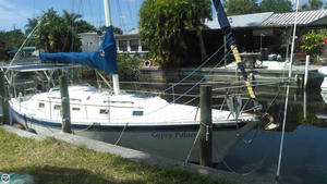 Used Irwin Yachts 34 Citation Racer and Cruiser Sailboat For Sale