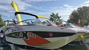 Used Rinker 200 MTX Bowrider Boat For Sale