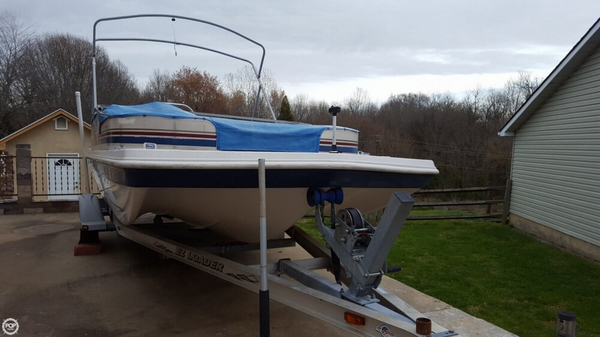Used Hurricane 198RE Fun Deck Boat For Sale