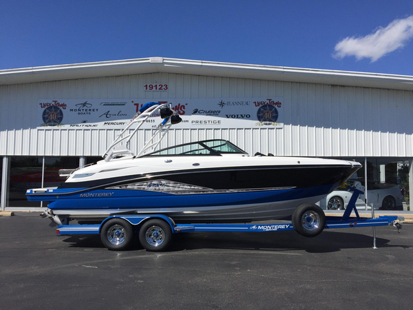 New Monterey M6 Bowrider Boat For Sale