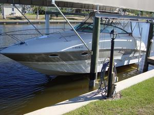 Used Larson Cabrio 274 Sports Cruiser Boat For Sale