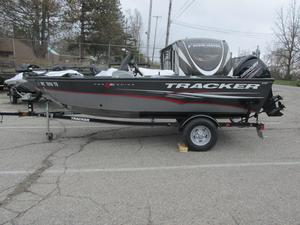 Used Tracker Pro Guide V-16 SC Freshwater Fishing Boat For Sale