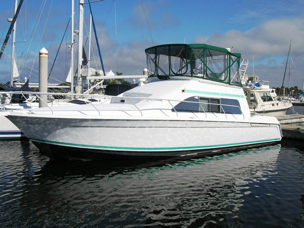 Used Mainship Sedan Bridge Motor Yacht For Sale