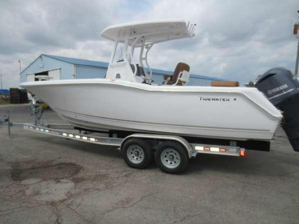 New Tidewater Boats 252 LXF CC Center Console Fishing Boat For Sale