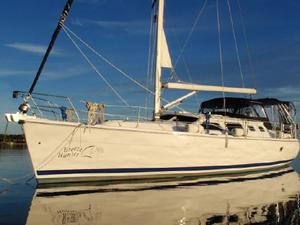 Used Hunter 426 Hunter Ds (deck Salon) Deck Saloon Sailboat For Sale