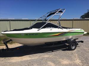 Used Maxum 1900 SR3 Cuddy Cabin Boat For Sale