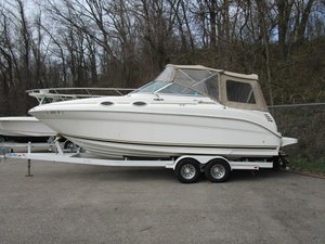Used Sea Ray 260 Sundancer Ski and Wakeboard Boat For Sale